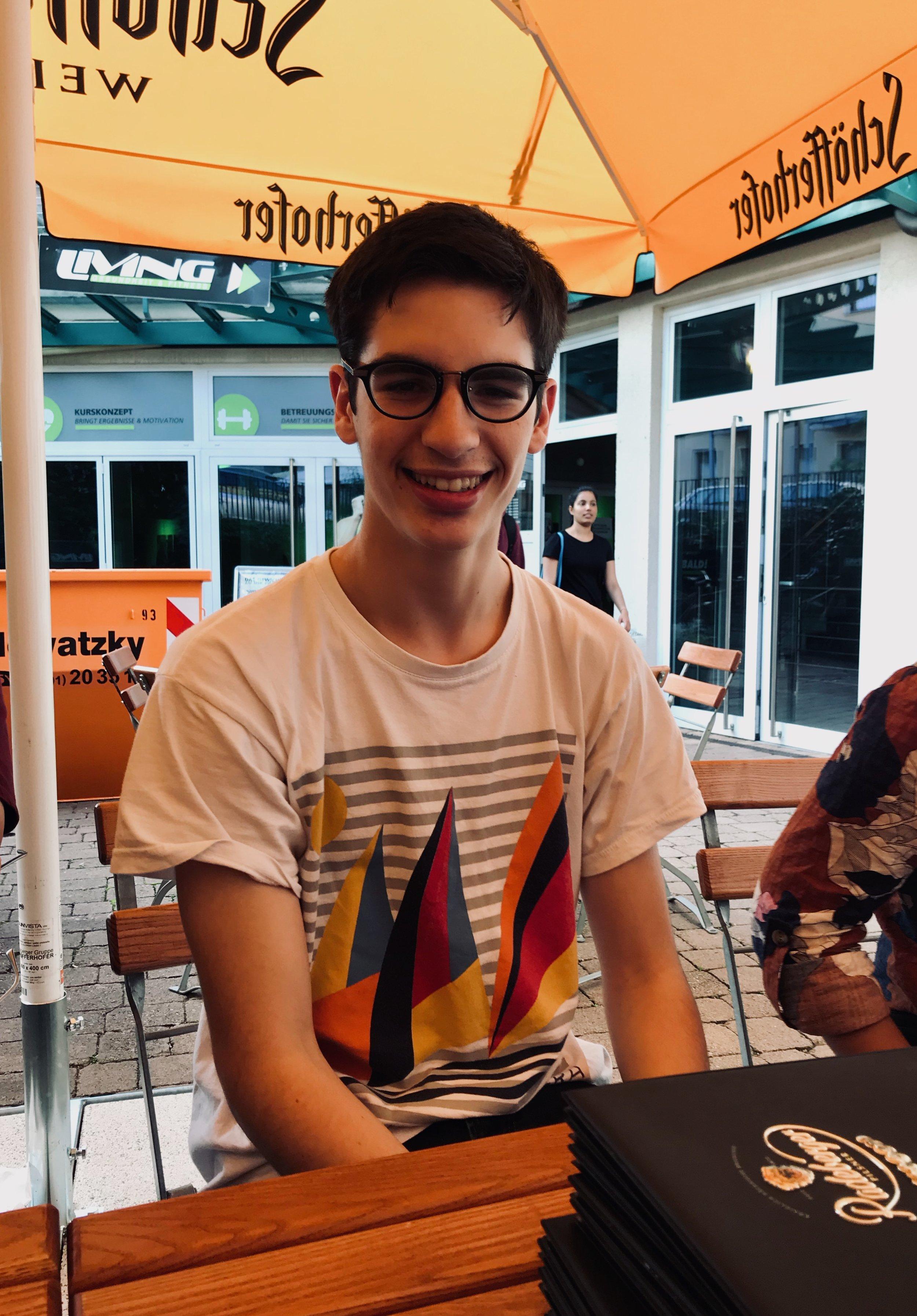 Alex Marin enjoys dinner in Eisenach.