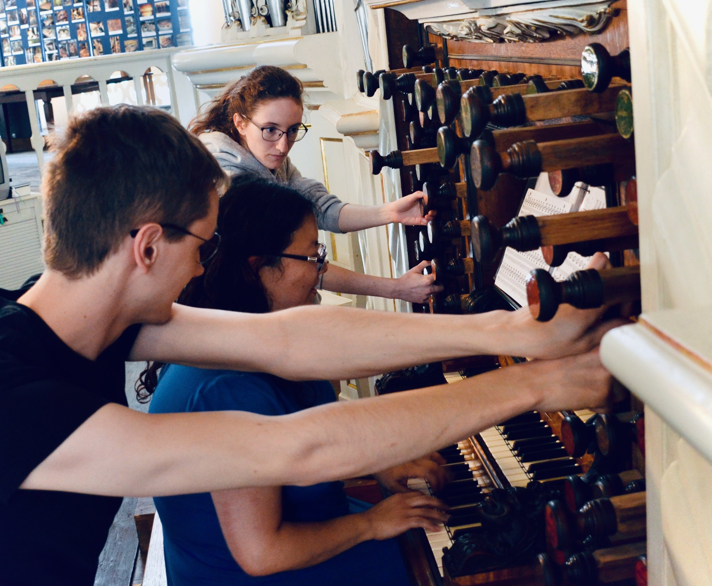 It is hard work pulling stops on the Trost organ in Waltershausen.
