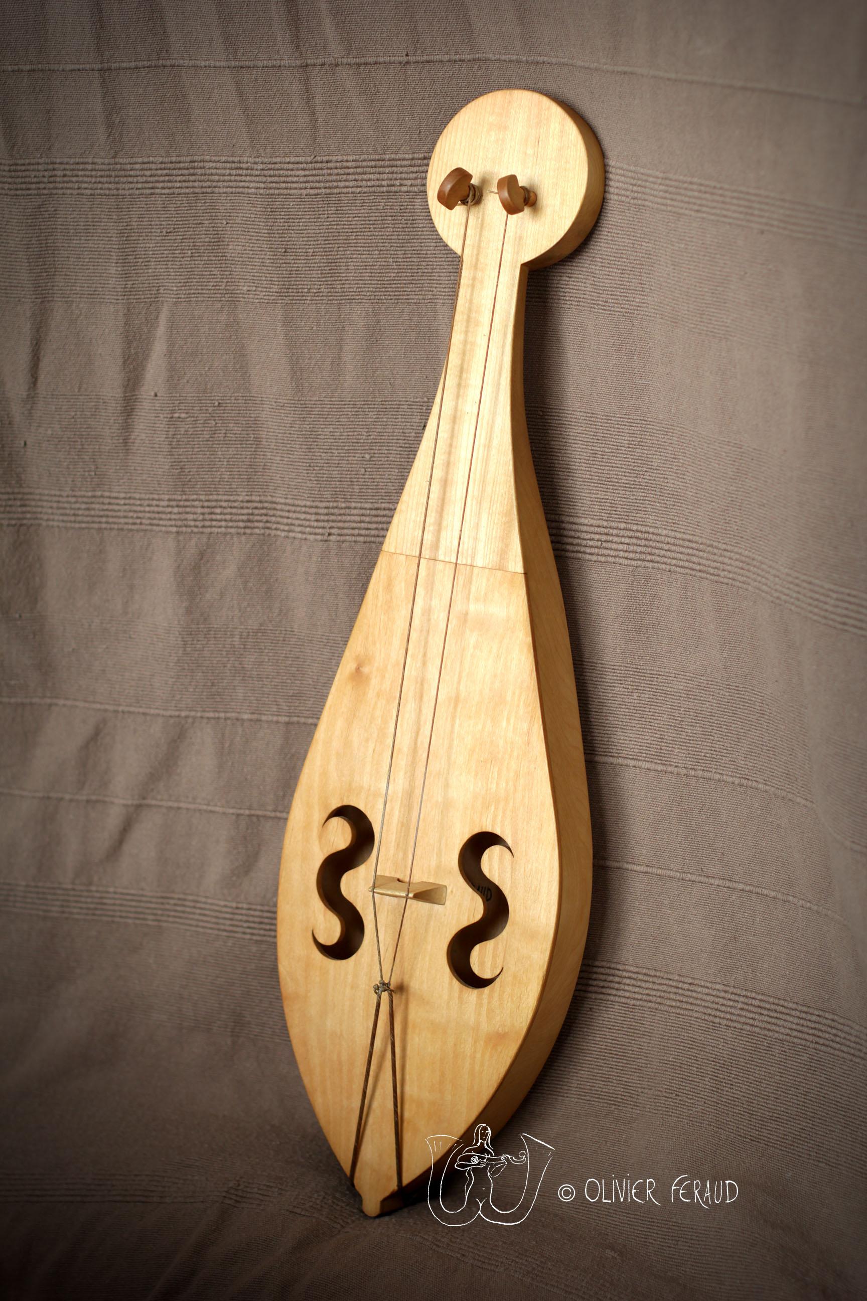 vièle Moissac 2 cordes + logo.jpg