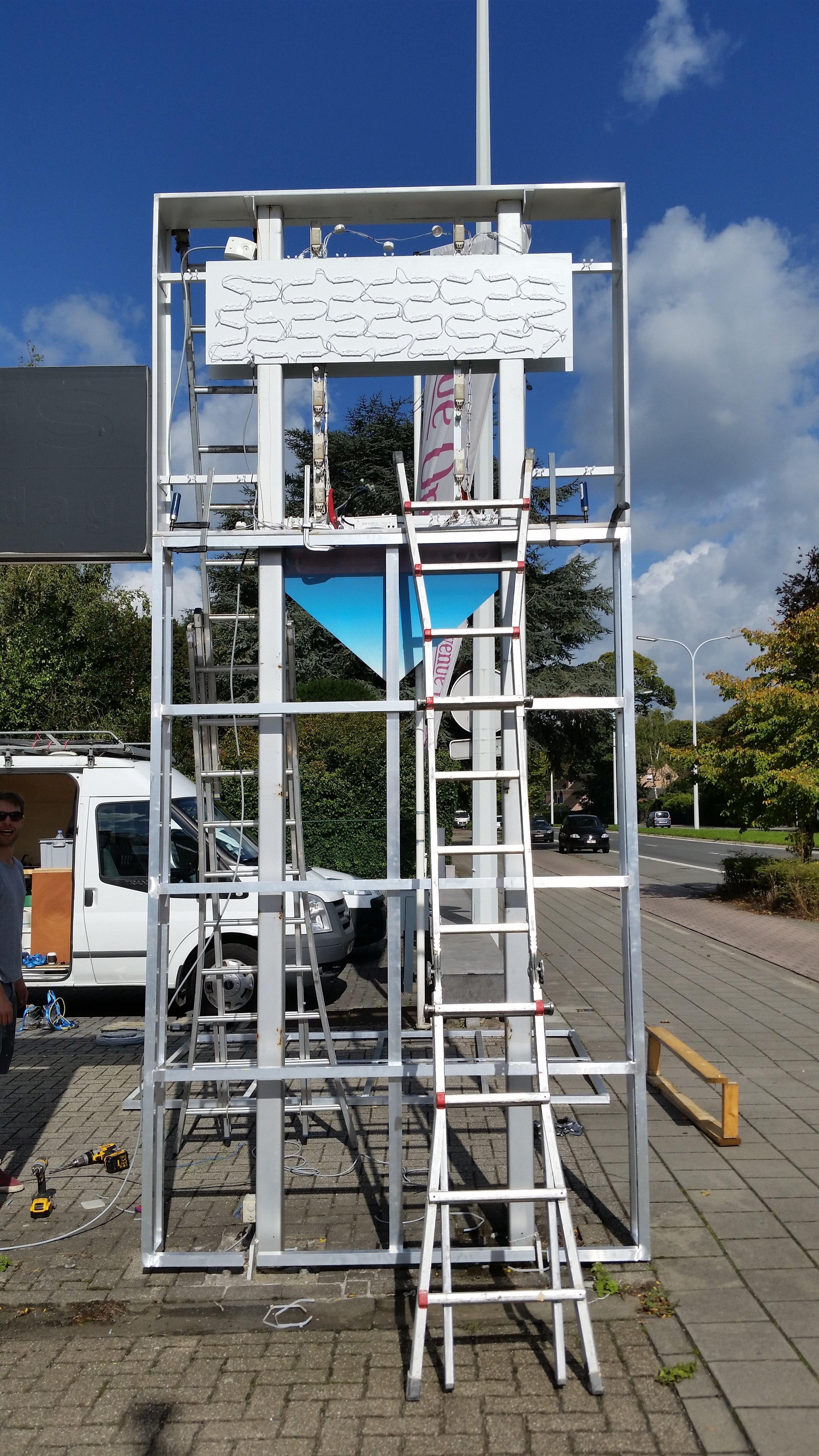 Ombouw reclamezuil (aluminium frame+LED verlichting)