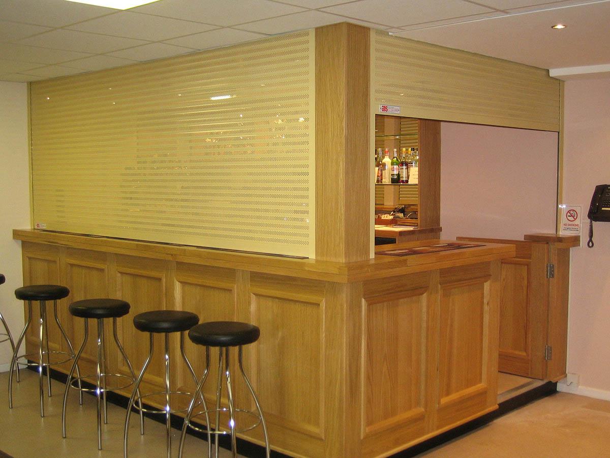 Bar shutters