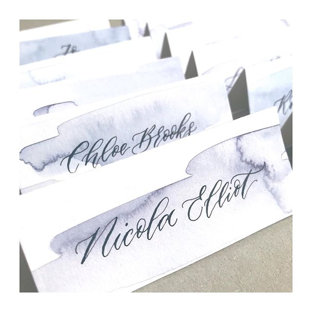 A quick look at some place cards I created this week for @neomorganics. I used a violet watercolour wash to match the packaging of their gorgeous new products and a really relaxed script... of course written in our own iron gall ink. I want to write everything on watercolour washes now, it looks too pretty!