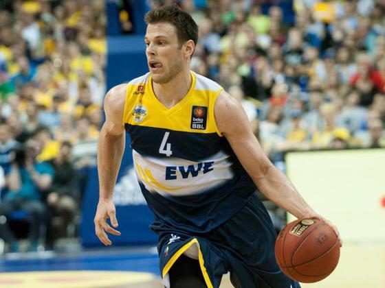 Chris Kramer                    EWE Baskets    Germany