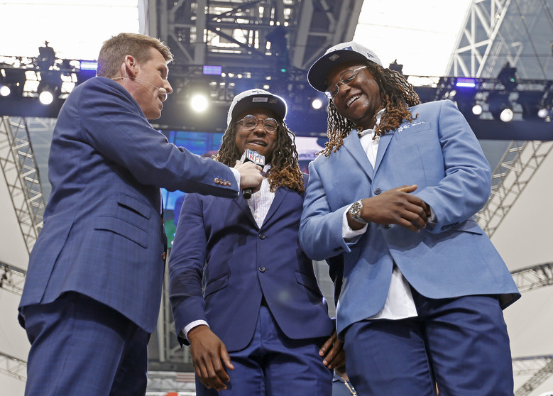 Shaquem Griffin reunited with brother, Shaquill Griffin