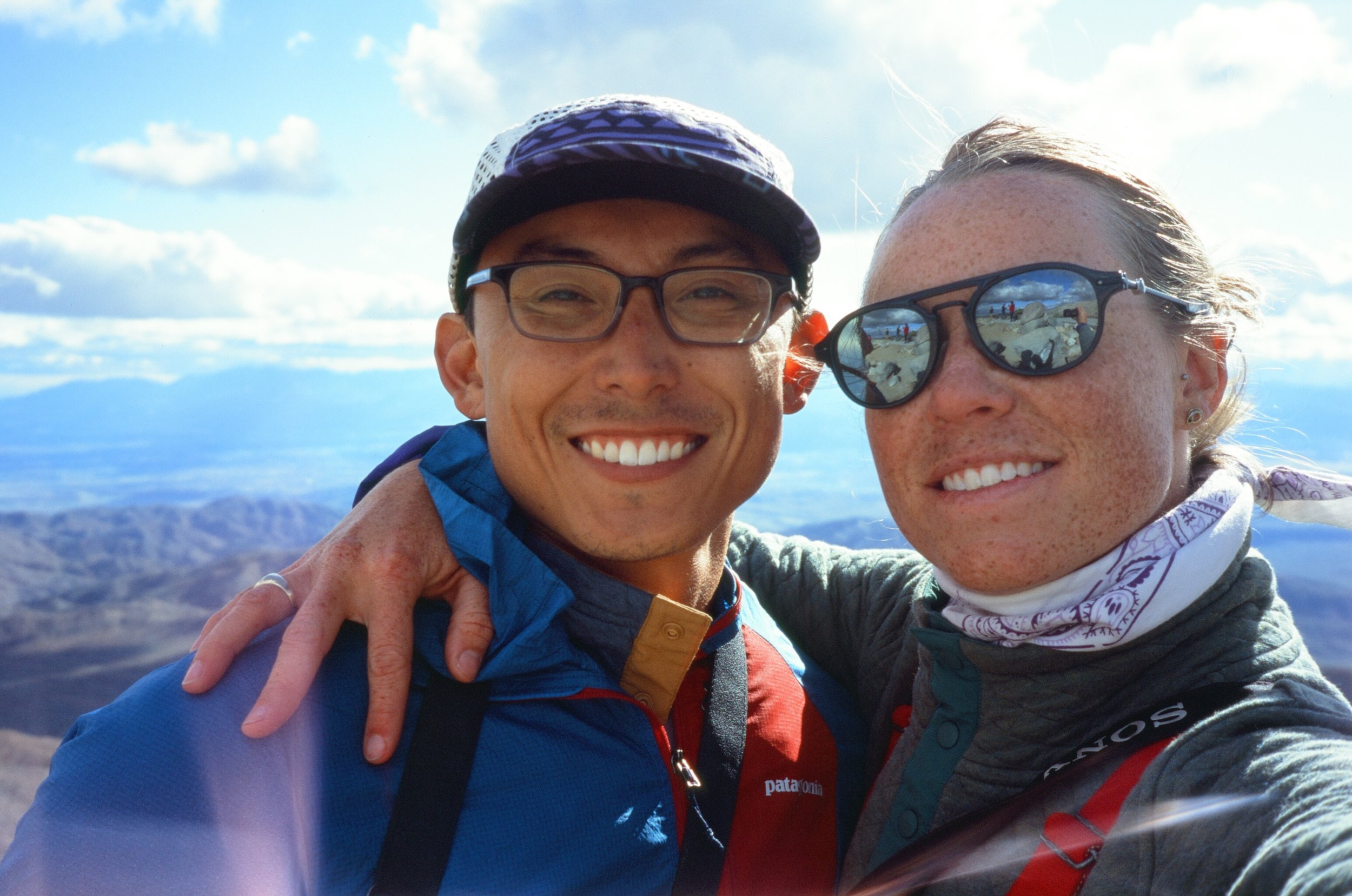 Owen & MAK (film selfie) in Joshua Tree NP, California