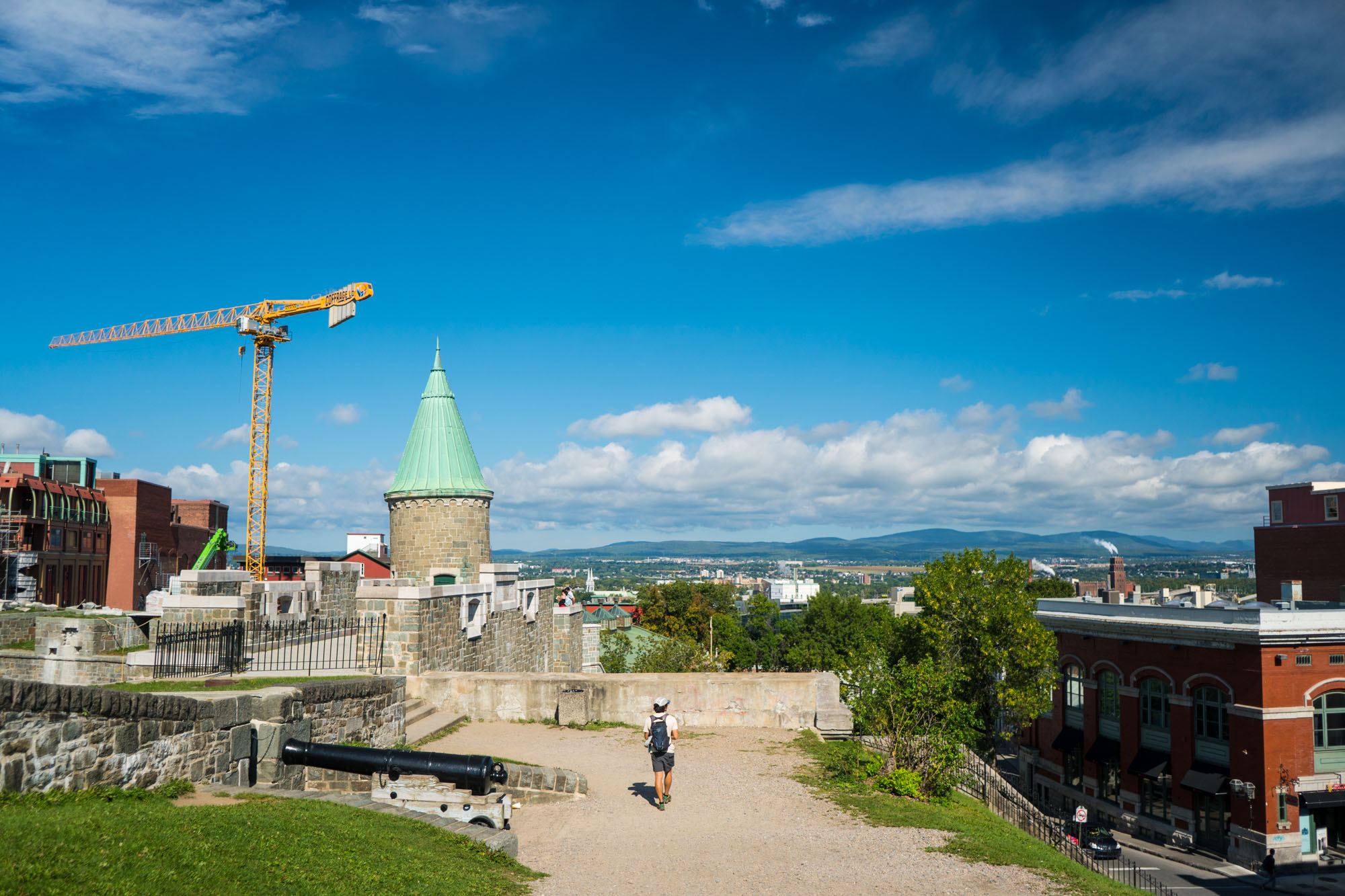 Walking along the walls of Old Town Quebec