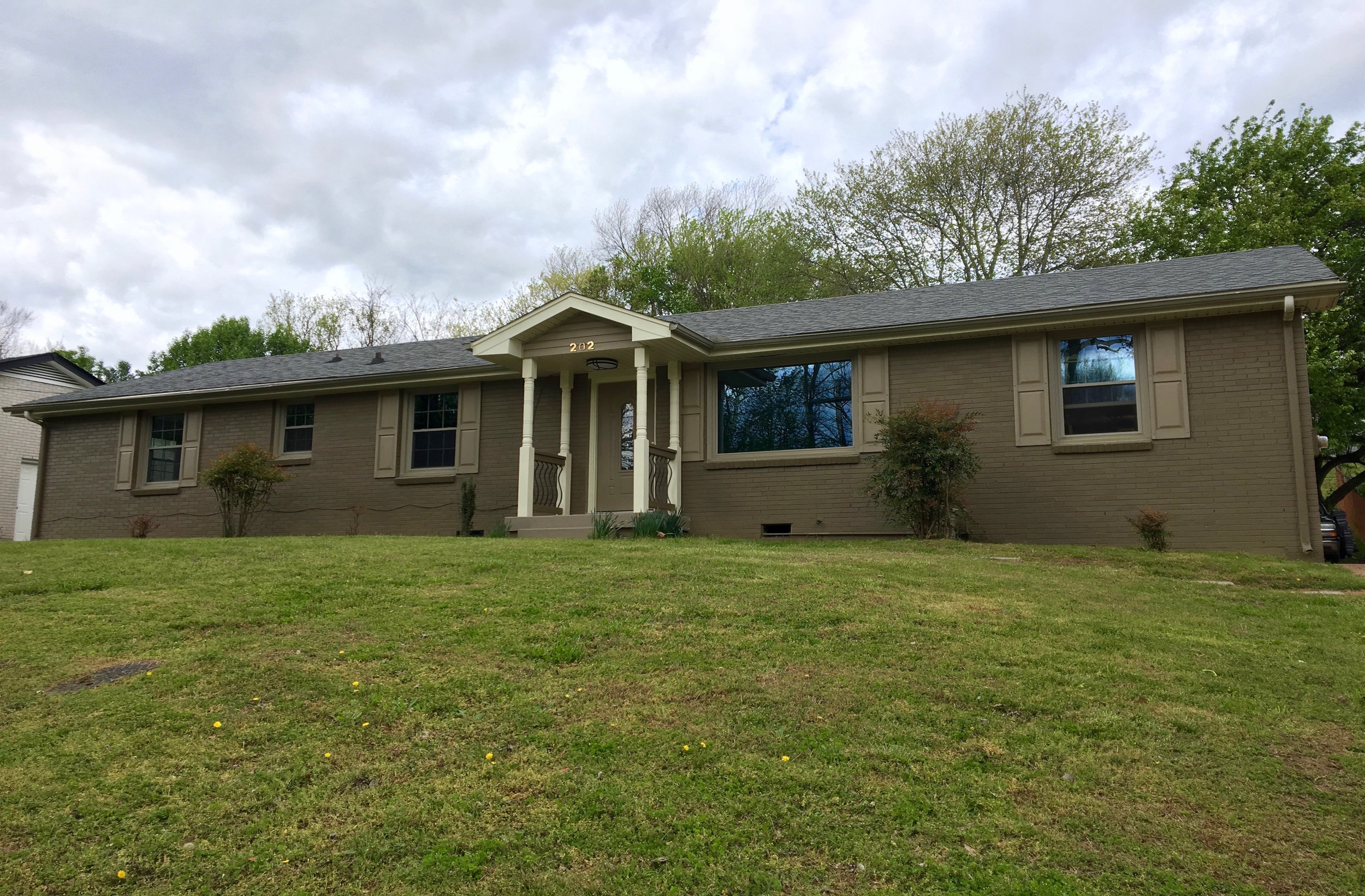 202 Tusculum Rd RENTED   ANTIOCH :  Single Family Home:  4 Br, 1.5 Ba + Garage + Deck +Privacy Fenced