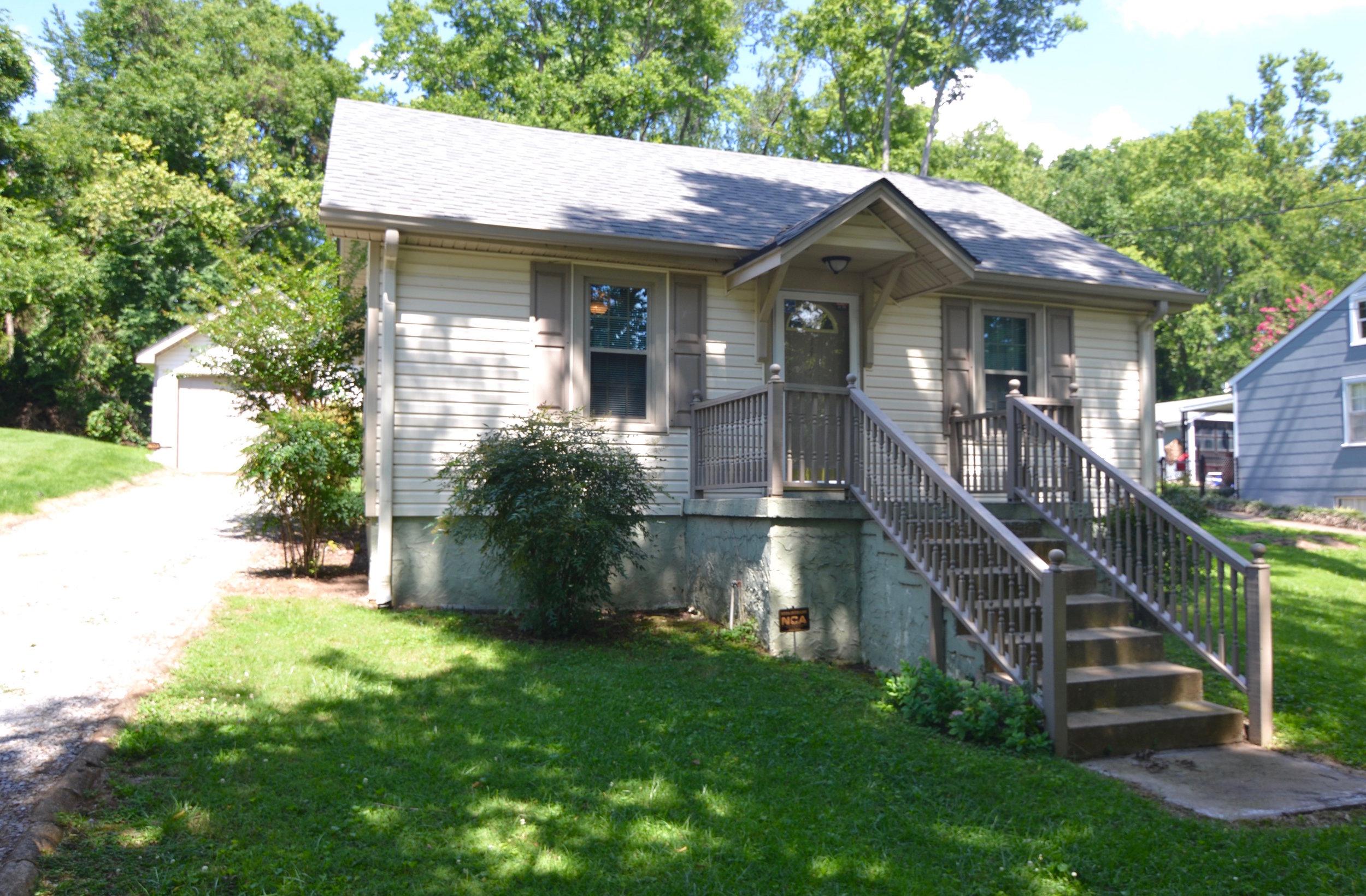 1417 Ardee RENTED   INGLEWOOD: Single Family Home:  2 Br 1 Ba + Garage + Fenced