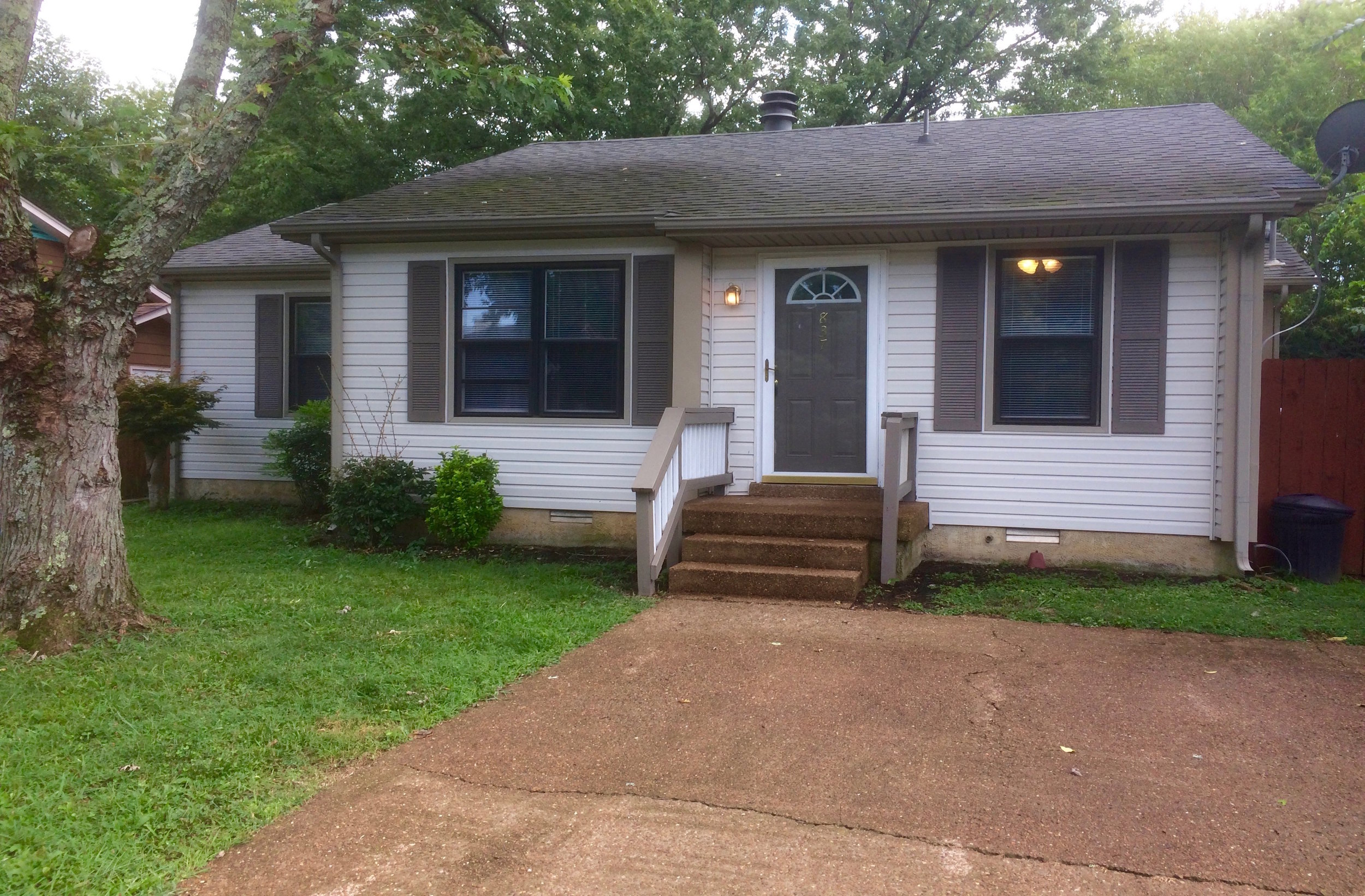 837 Heritage Circle RENTED   MADISON: Single Family Home:  3 Br 1.5 Ba + Privacy Fenced