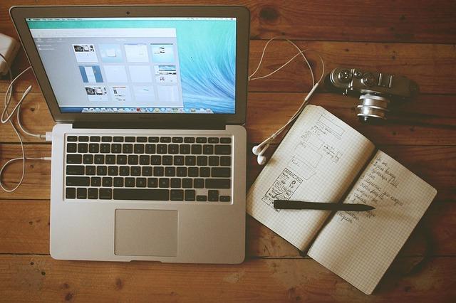 Home-Office-Unsplash-Public Domain - CC0