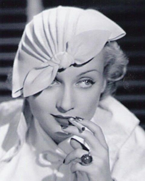 carole lombard in lilly dache hat.jpg