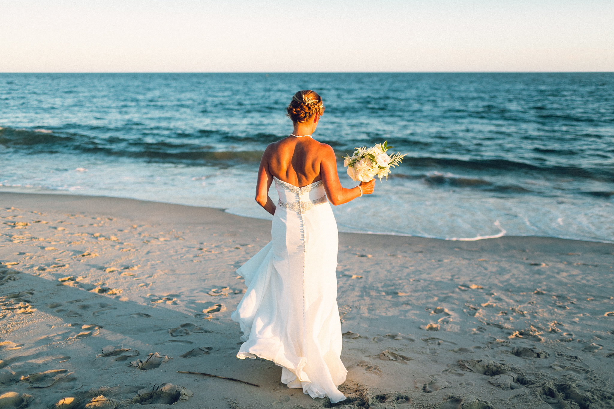 cape+may+modern+tropical+wedding+colly+flowers6.jpg