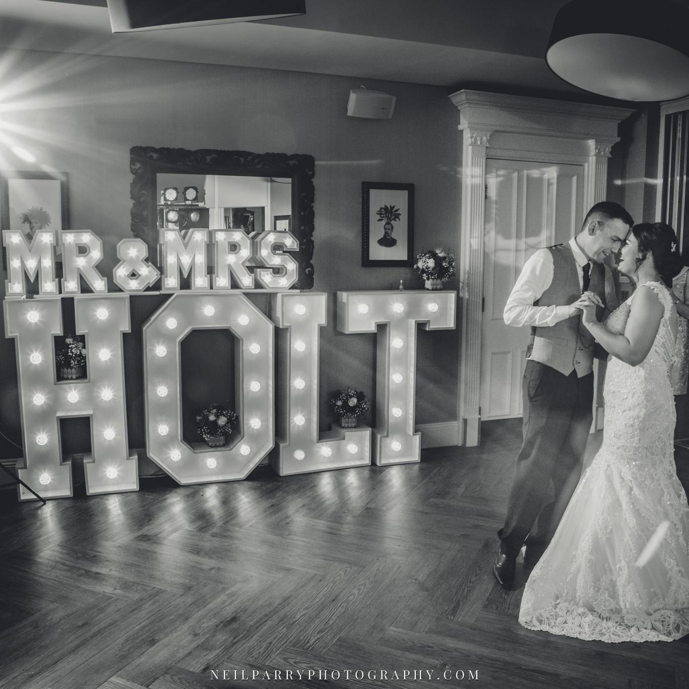 Light+Up+Letter+Hire+Weddings