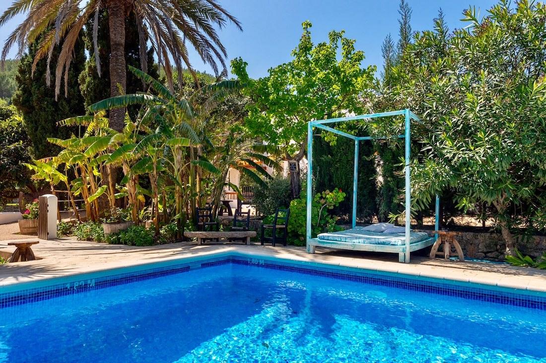 Ibiza yoga and hiking retreat