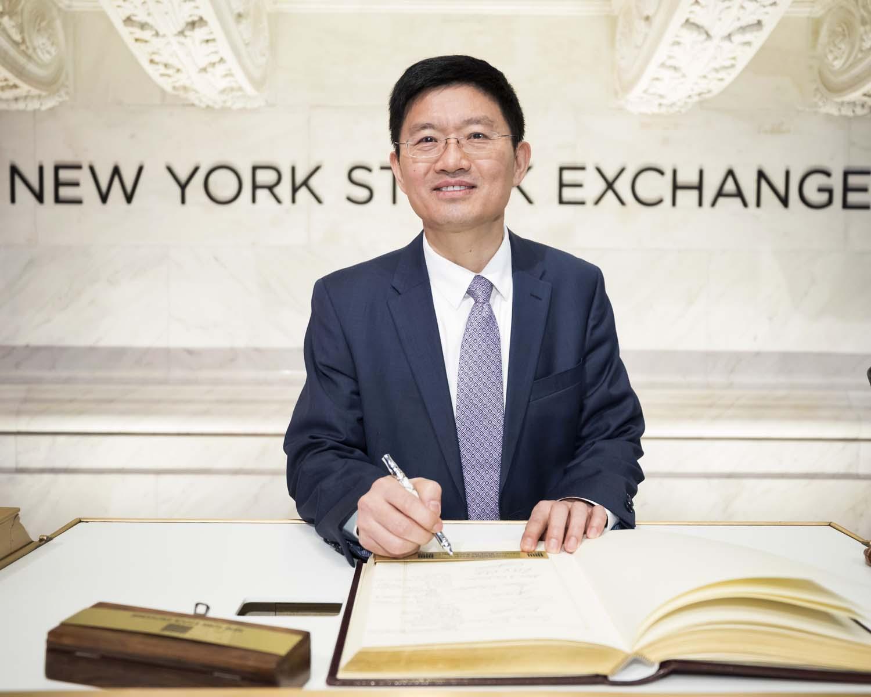 NYSE_Photographer_IPO_640.jpg