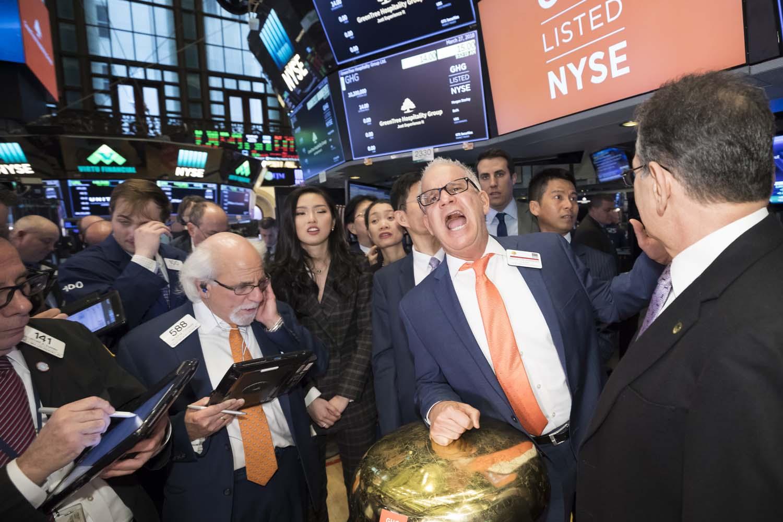 NYSE_Photographer_IPO_641.jpg