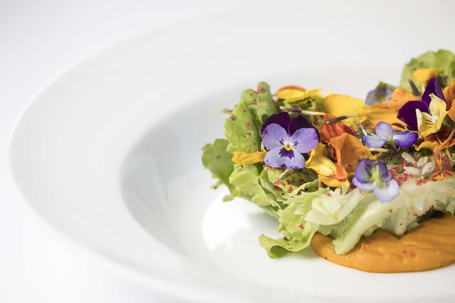 Main plated salad with flowers