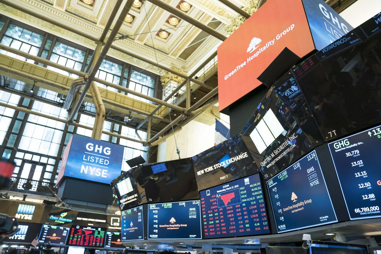 NYSE_Photographer_210.jpg