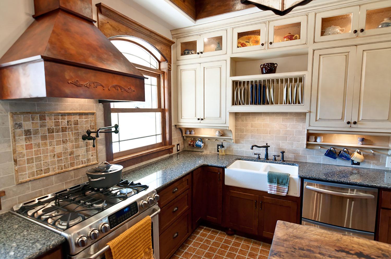 modern-tuscan-kitchen-apron-sink.jpg