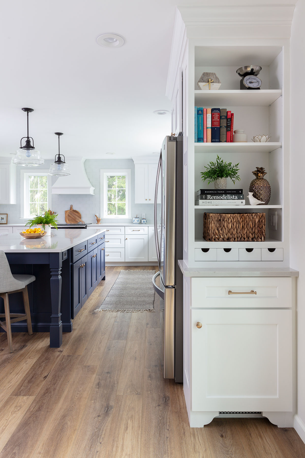 White Kitchen With Navy Blue Island Wins Design Award Bright Ideas By Martinec