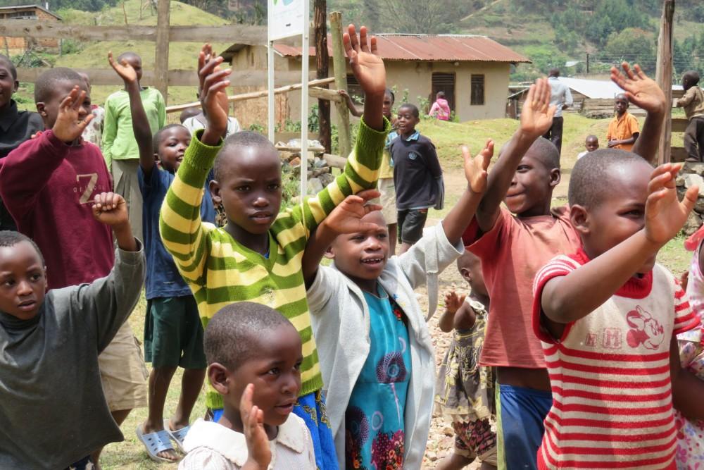 Kids Waving Bye.jpg