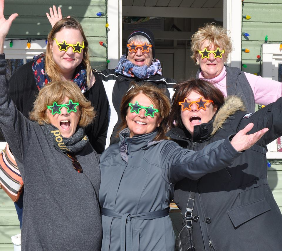 FrostFest volunteers star sunglasses.jpg