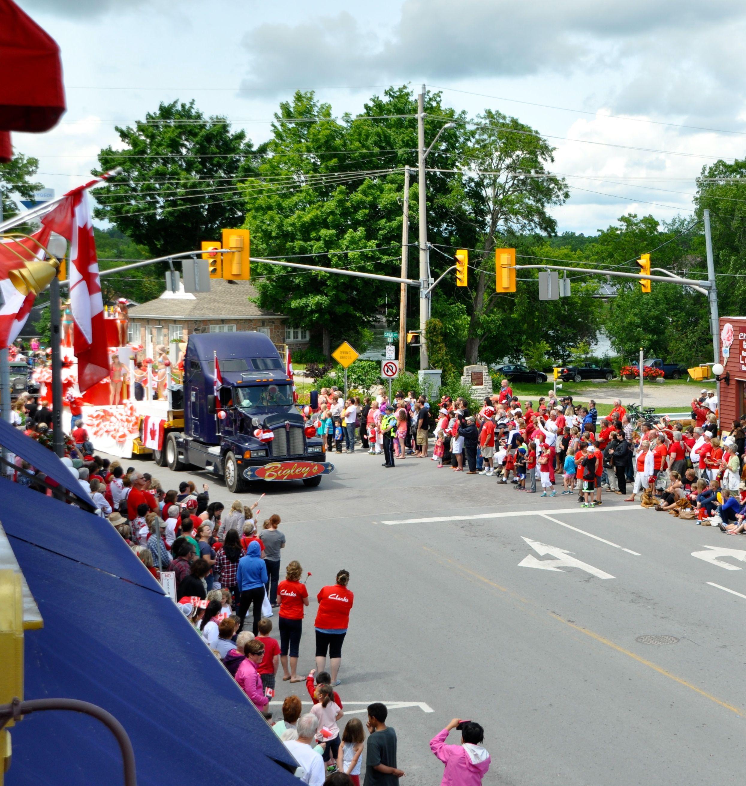 Parade #5.jpg