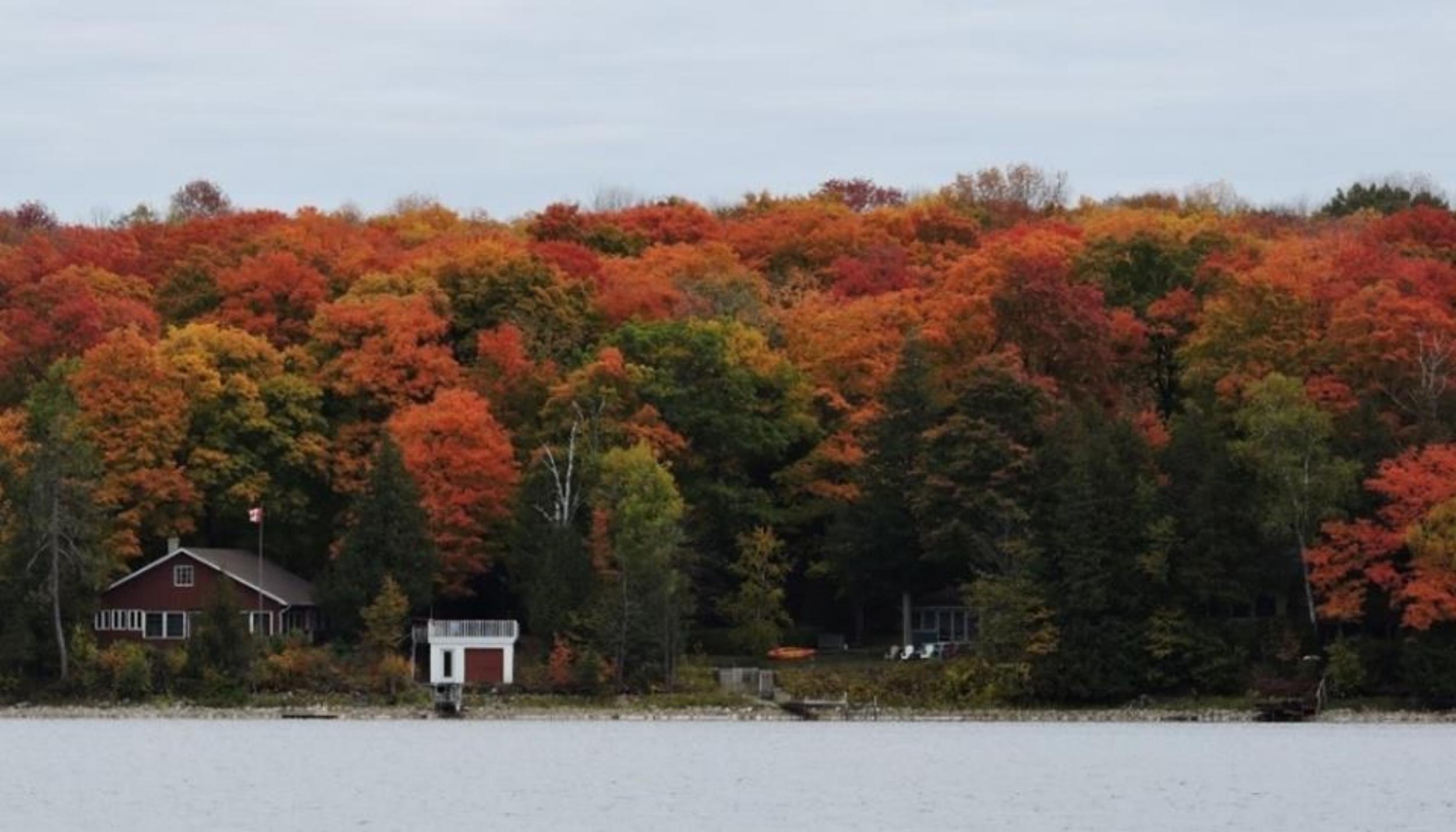 fall head lake.jpg