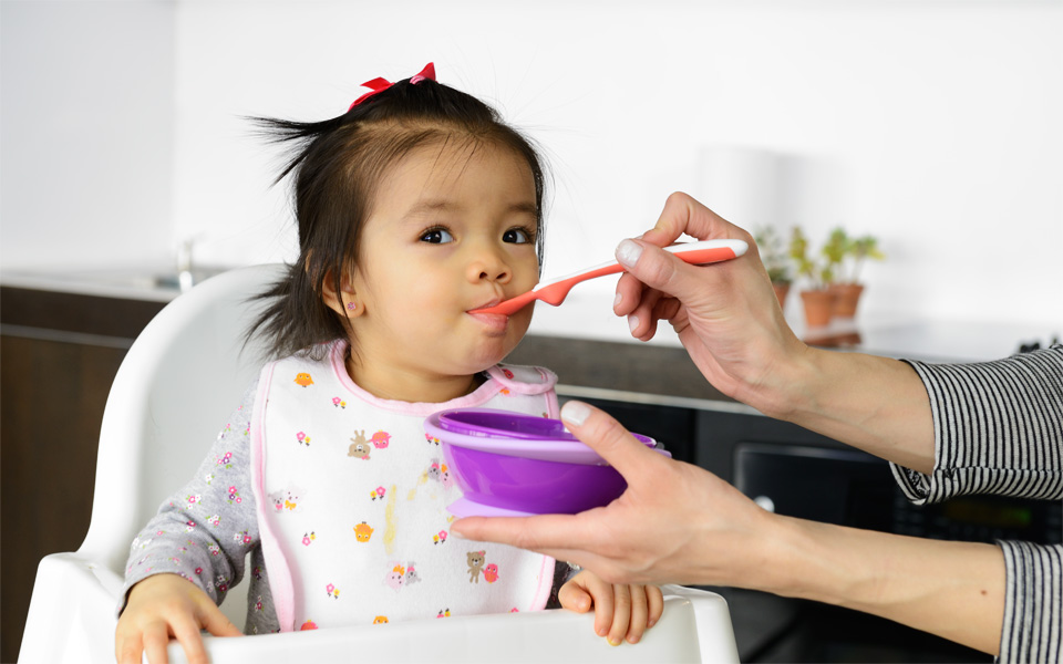 Research should unquestionably be the start of any process. - We spend a lot of time understanding real people - in-depth anthropological research, looking at daily routines and habits. Even if we come face to face with danger – our infant feeding study for NUK meant many a bowl of food thrown at us. But this approach paid off – we found out what moms and infants really needed, not what was assumed they needed.