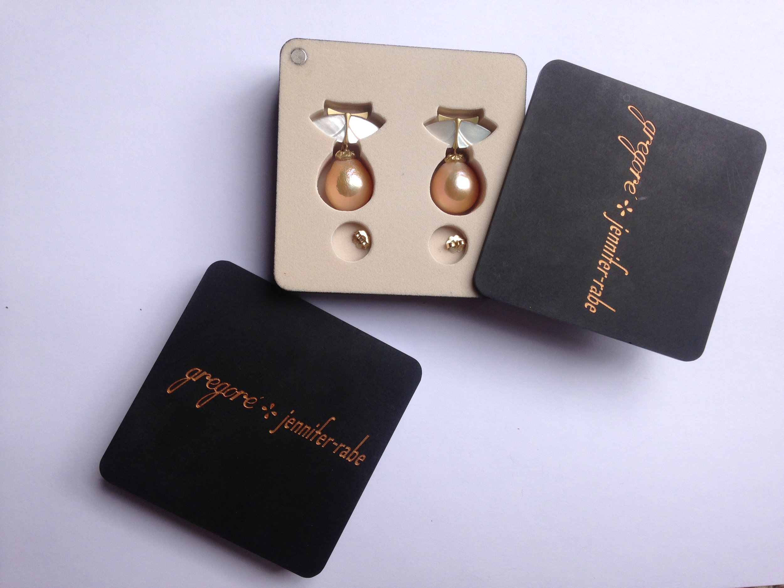 Custom Earring Box To Protect Earrings While Traveling
