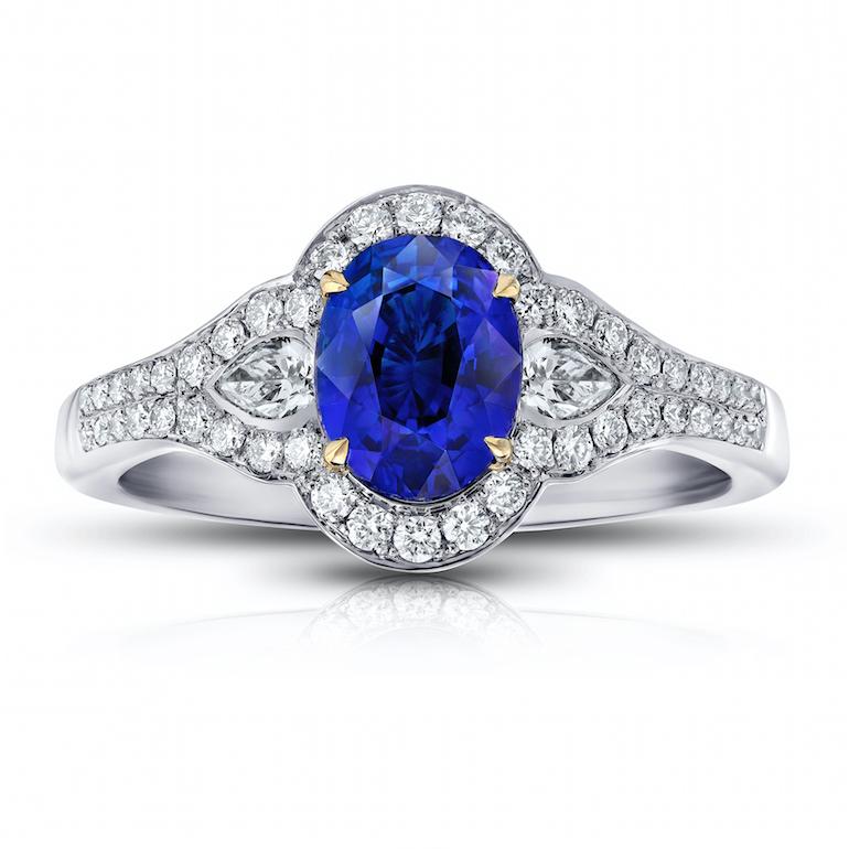 Engagement ring blue sapphire, diamond, platinum