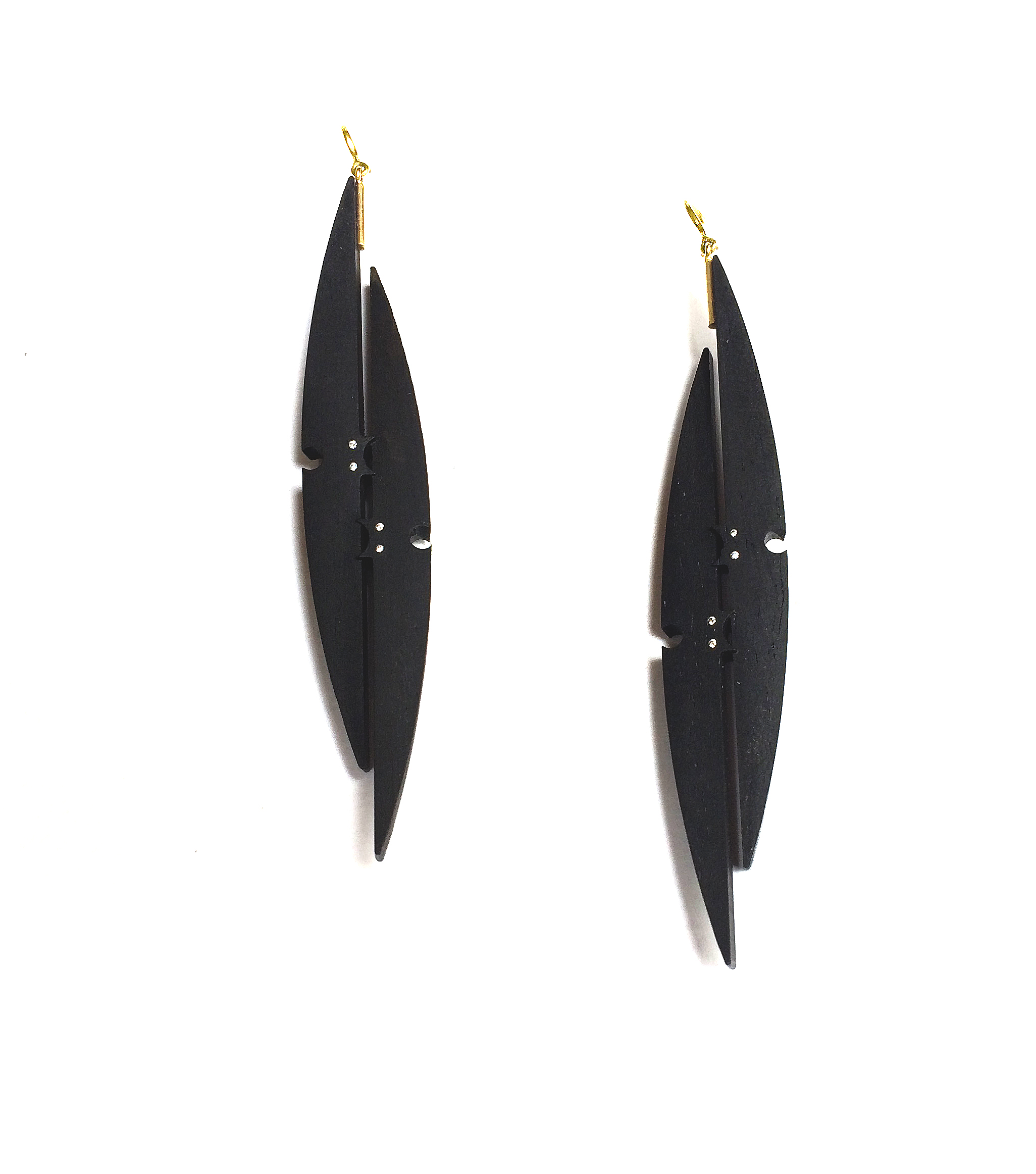 Earrings in Ebony, 18 yellow gold, and diamonds