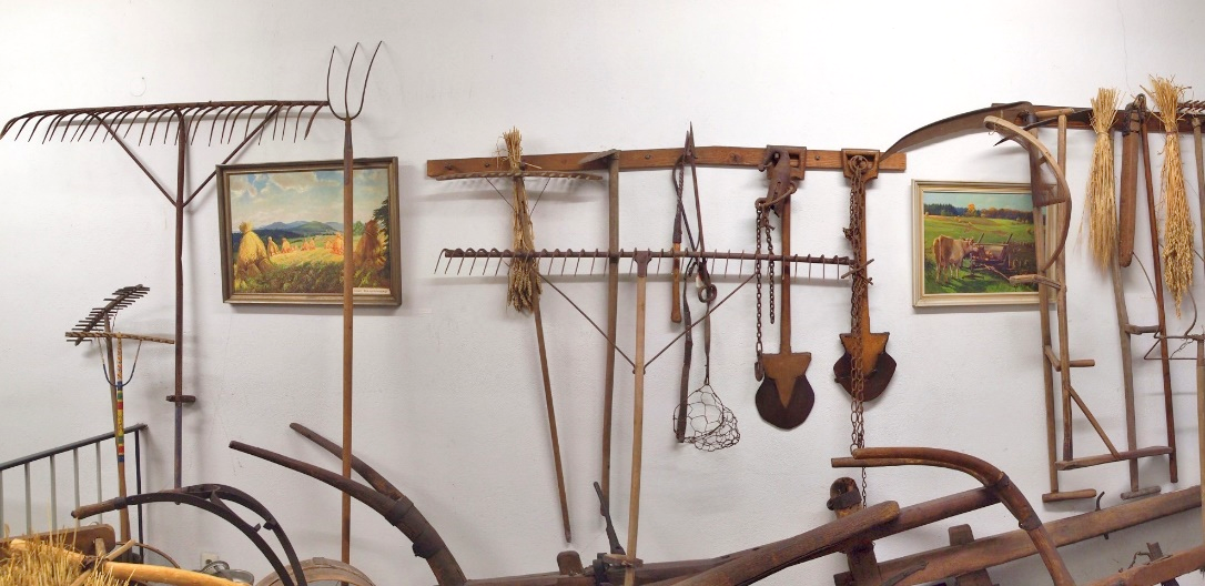 John Clement, Early Modern Harvest Art and Tools Exhibition (2014); Vogelsberg Heimatmuseum; Schotten, Germany