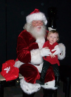 Santa_Little_Girl.jpg