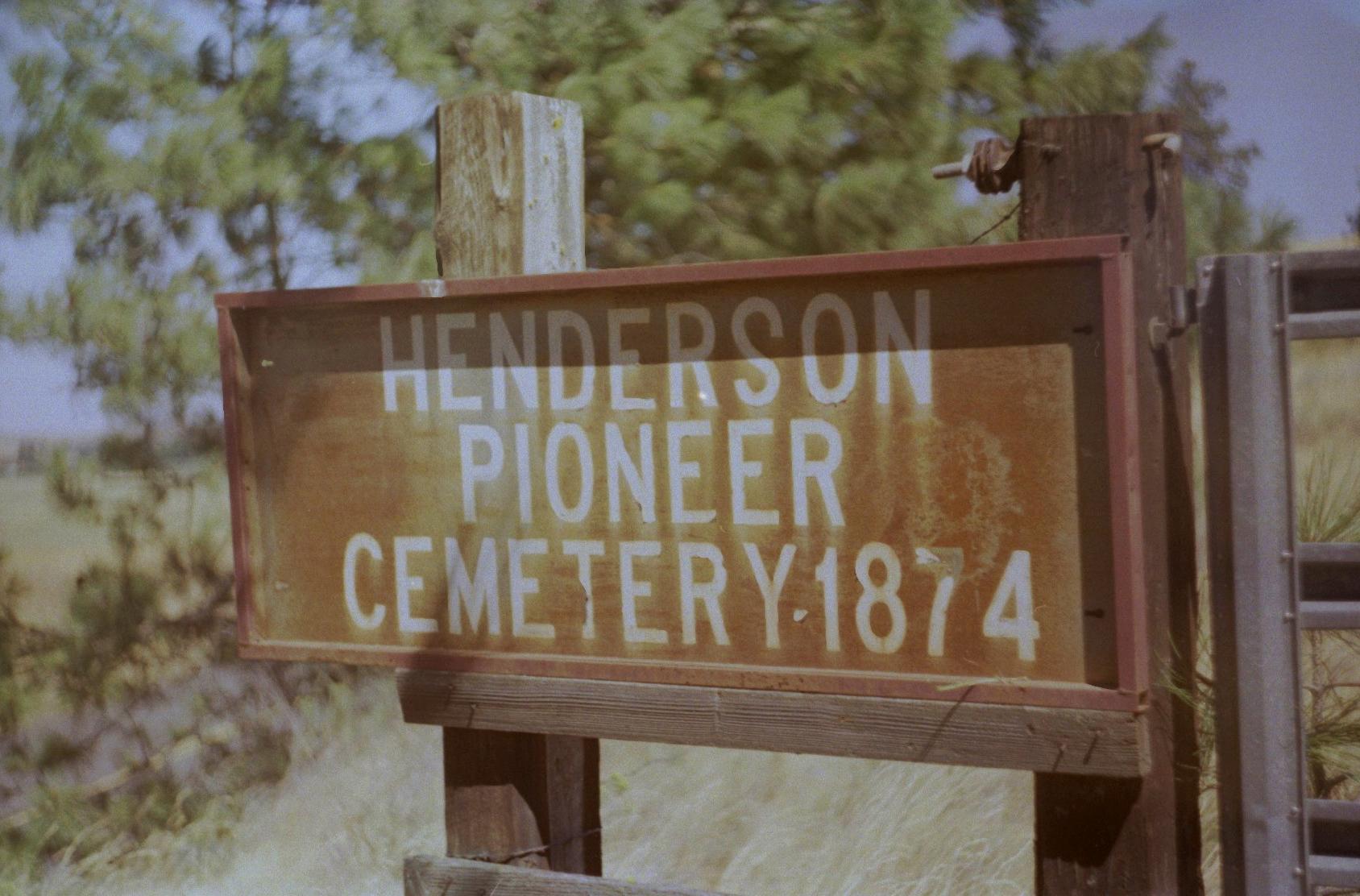 Henderson Pioneer Cemetery.jpeg