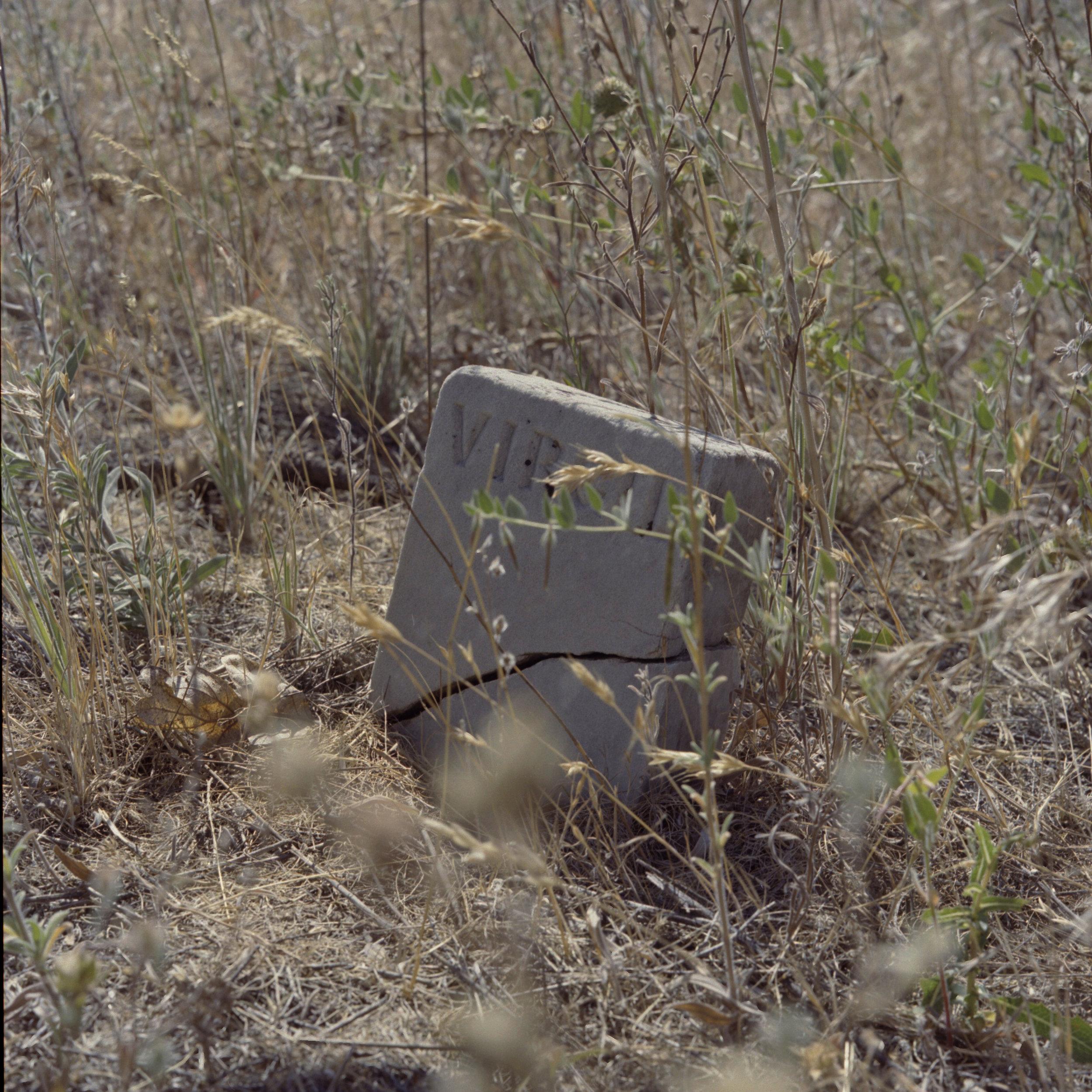 Henderson Pioneer Cemetery 7.jpg