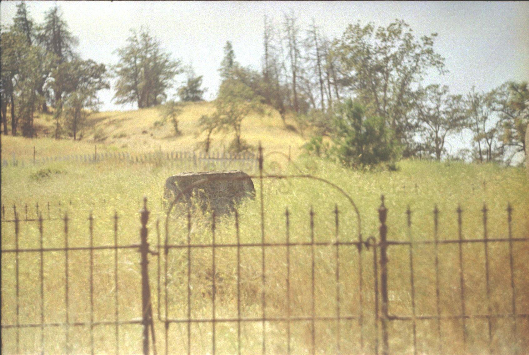 Henderson Pioneer Cemetery 4.jpeg