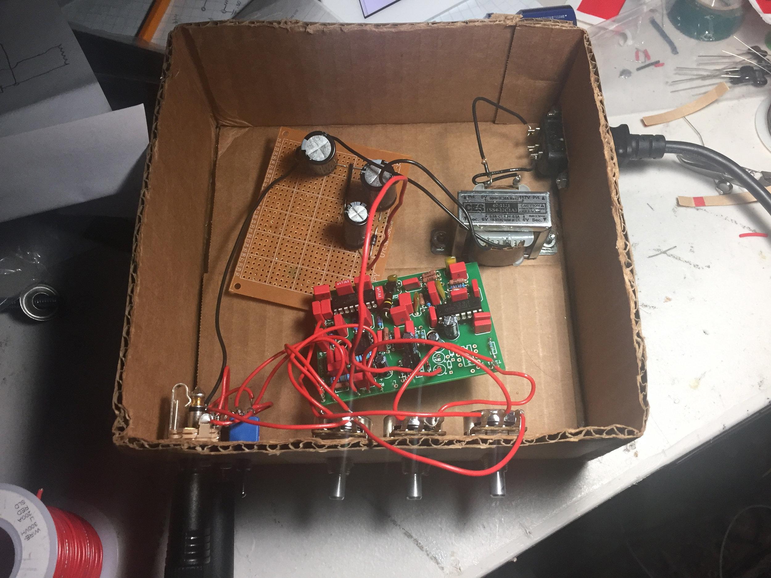 Delay pedal in a box
