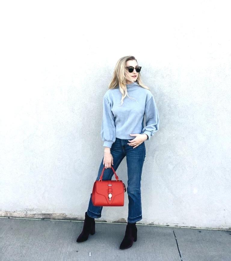 Sunglasses: Brightside Eyewear, Sweater:  Shein , Jeans: H&M, Boots: Steve Madden, Bag:  Poupee de Papier