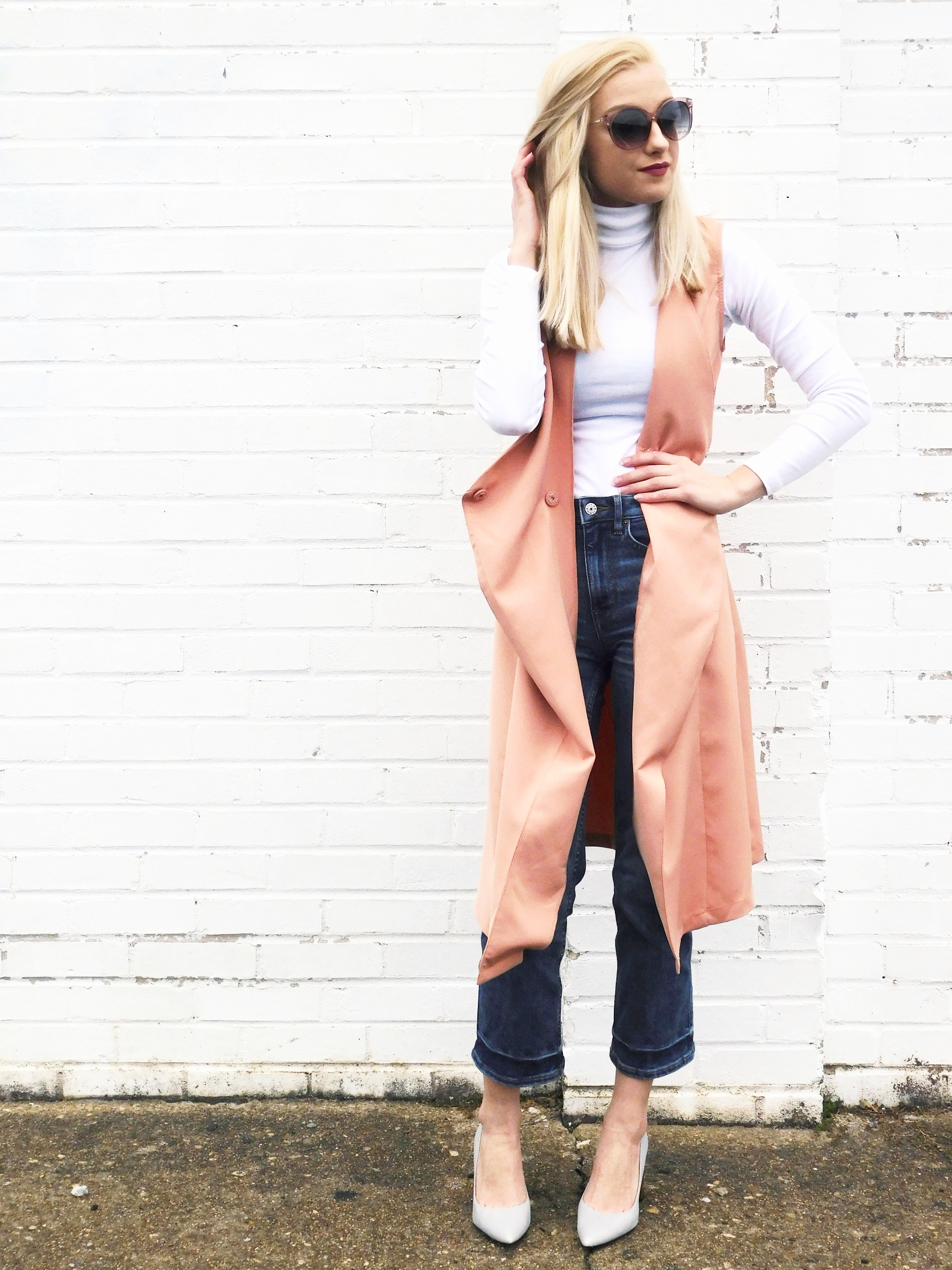 Sunglasses: Ann Taylor, Vest:  Make Me Chic , Turtleneck: H&M, Jeans: H&M, Shoes:  Steve Madden
