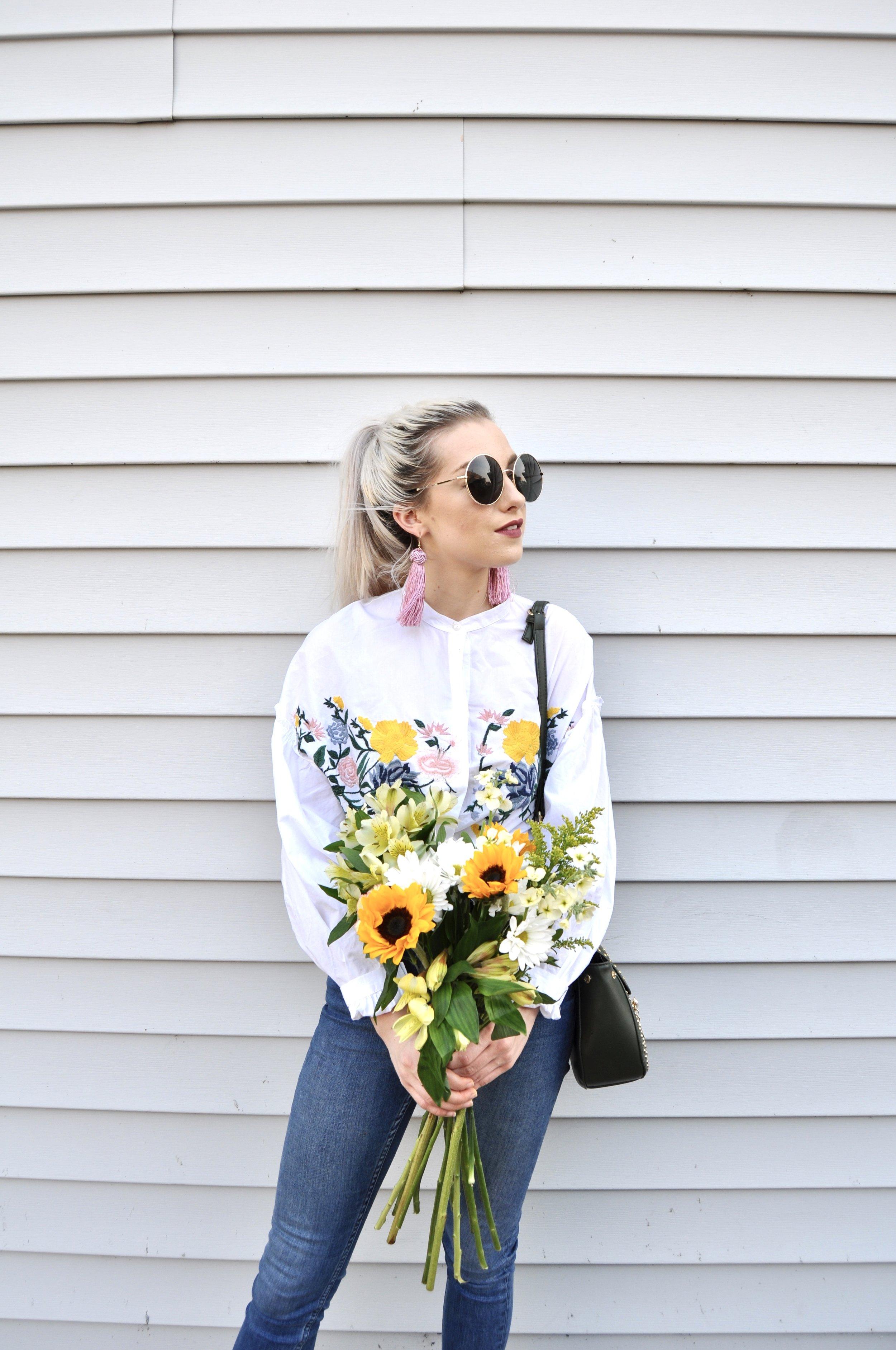 Sunglasses: Forever21, Shirt: Zara, Jeans: Topshop, Shoes: Zara, Bag: Monroe Boutique, Earrings: Style Encore Conway