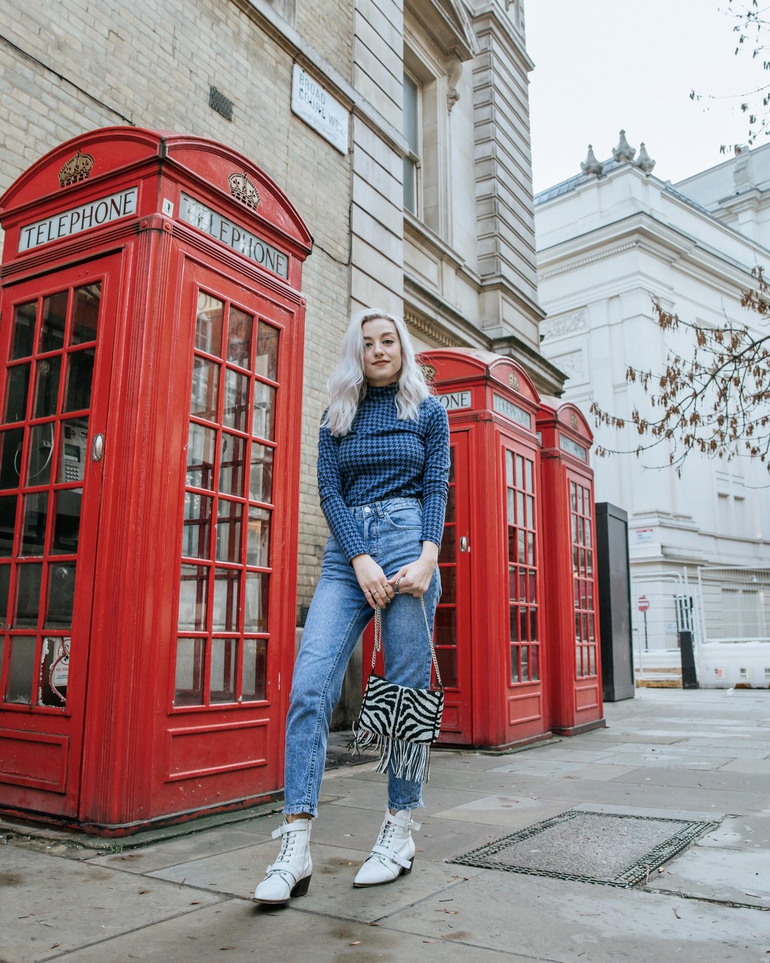 Outfit Details: Top: Monki, Jeans: Stradivarius, Boots: Office, Bag: Topshop