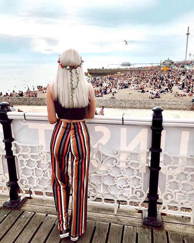 Somewhere over the rainbow🌈☁️Yesterday, we went to #brightonpride2019 if you didn't already figure that out from my stories haha. We had so much fun and couldn't have imagined a more happy environment. (New blog post up all about it! Link in my bio.)