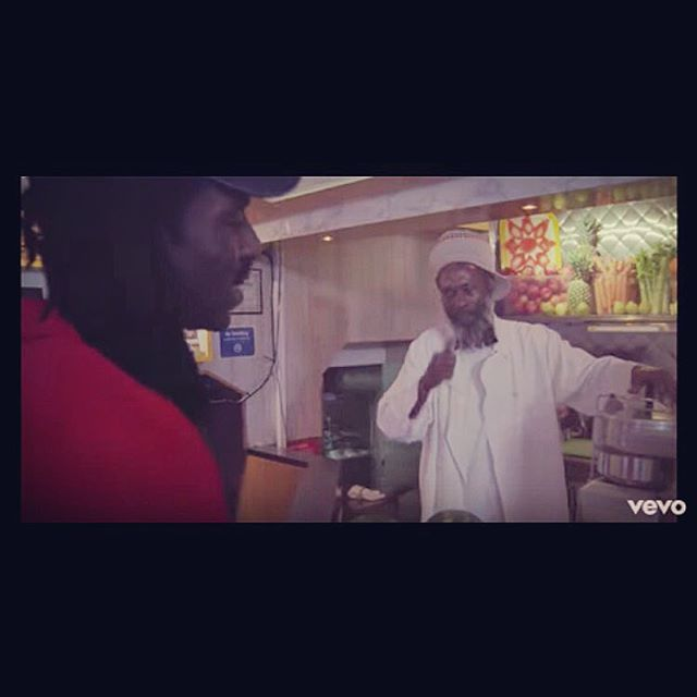 If you squint you can see our vegetable juicer in the #bloodorange music video for Augustine with Melvin from @melvinsjuicebox  #freshlysqueezed #misslilys #automaticjuicer #juicer #healthylifestyle #organic #vegetablejuice #juicing #vegetablejuicer #stainlesssteel #madeinamerica #soho #madeinnyc #juicecleanse #juiceplus #oranges #orange #sugarcane #juicers #automatic #manufacturing @devhynes #greenjuice