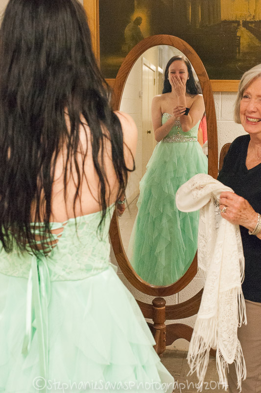 A young girl is speechless when she finds her prom dress, thanks to a local charity called Cinderella's Closet. The girls, who couldn't afford to go to prom otherwise, get to choose a dress, jewelry, makeup and shoes. The volunteers helping are called their Fairy Godmothers.