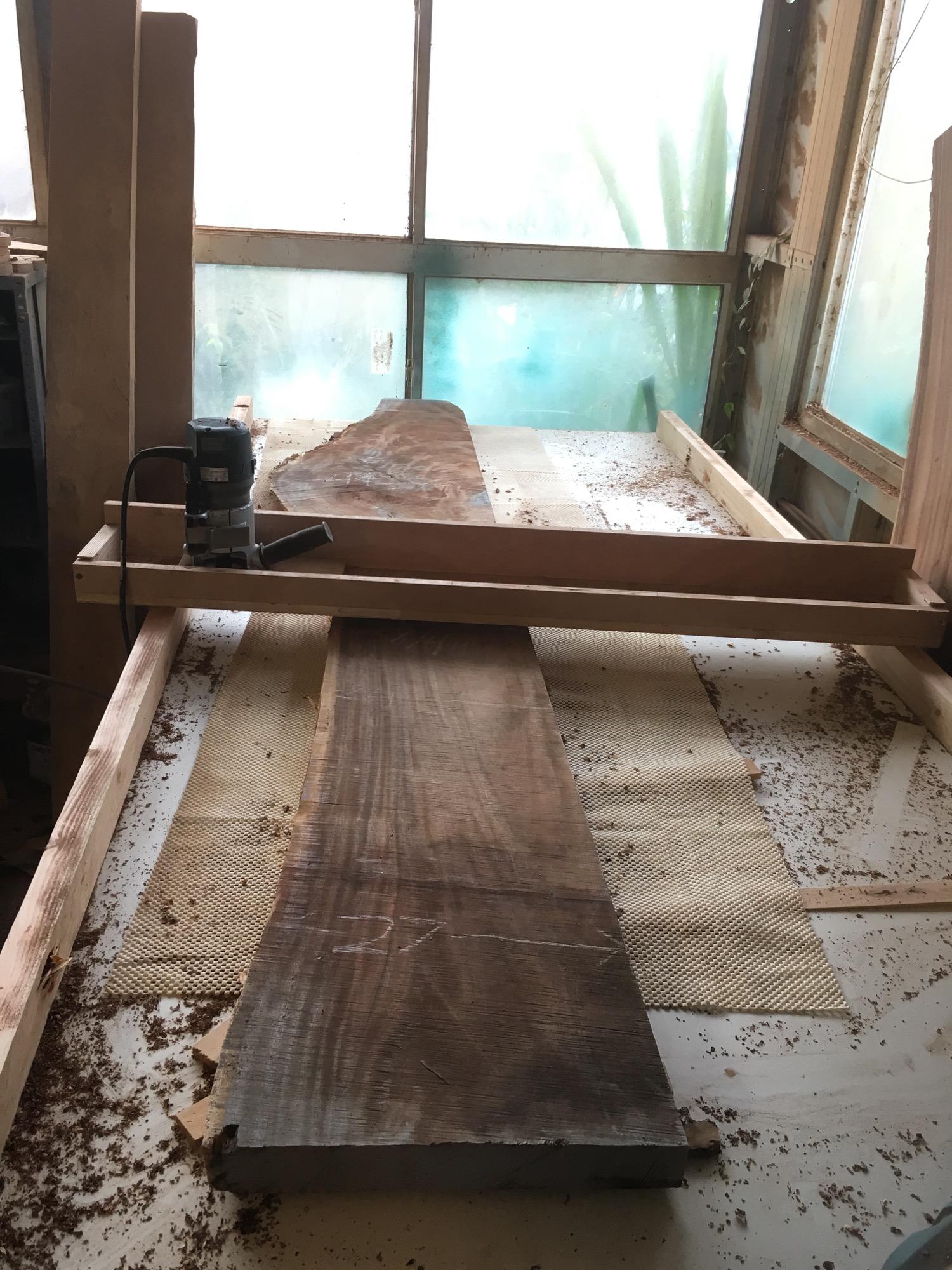 Monkeypod slab pre-flattening