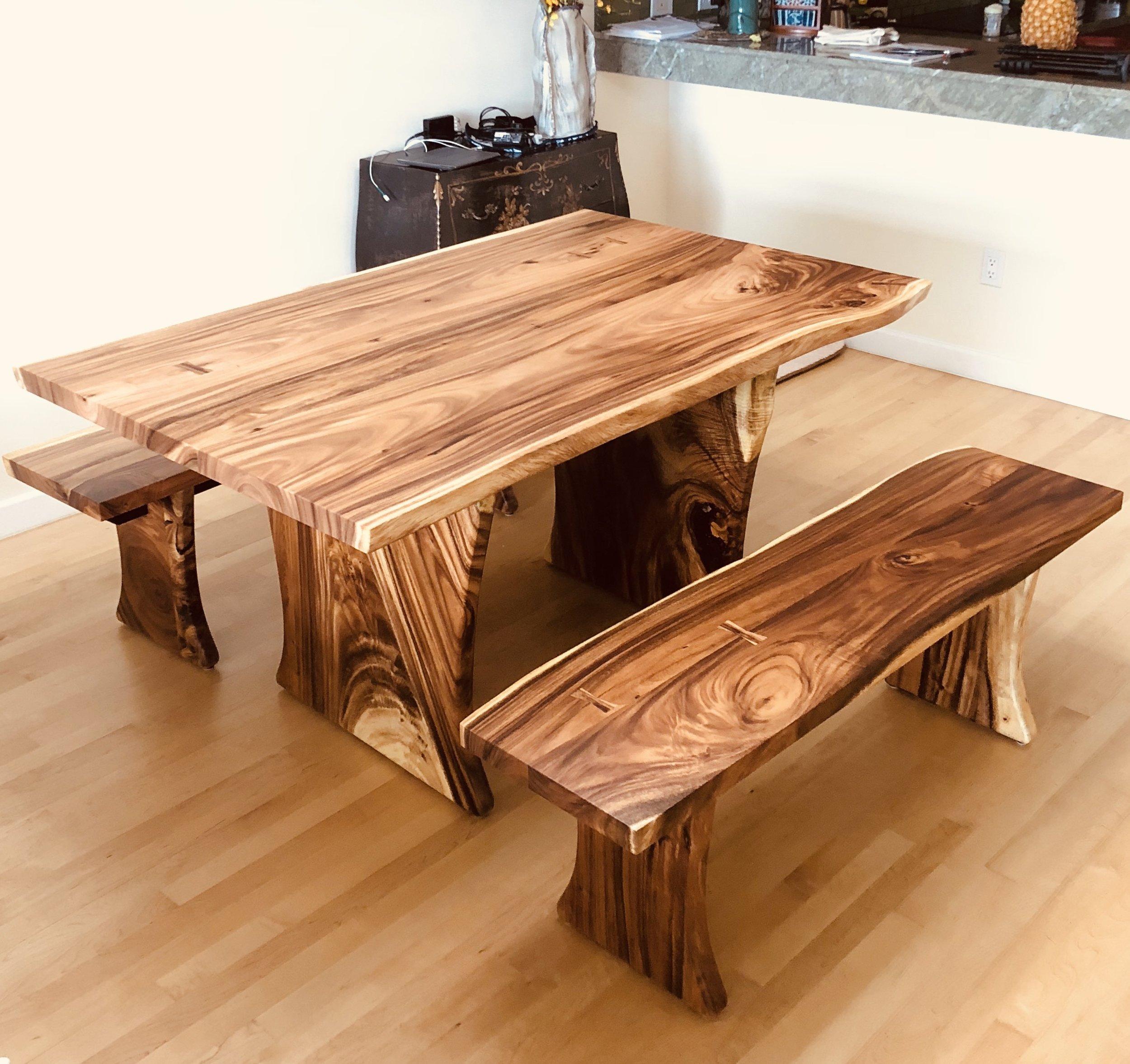 monkeypod dining set .jpg