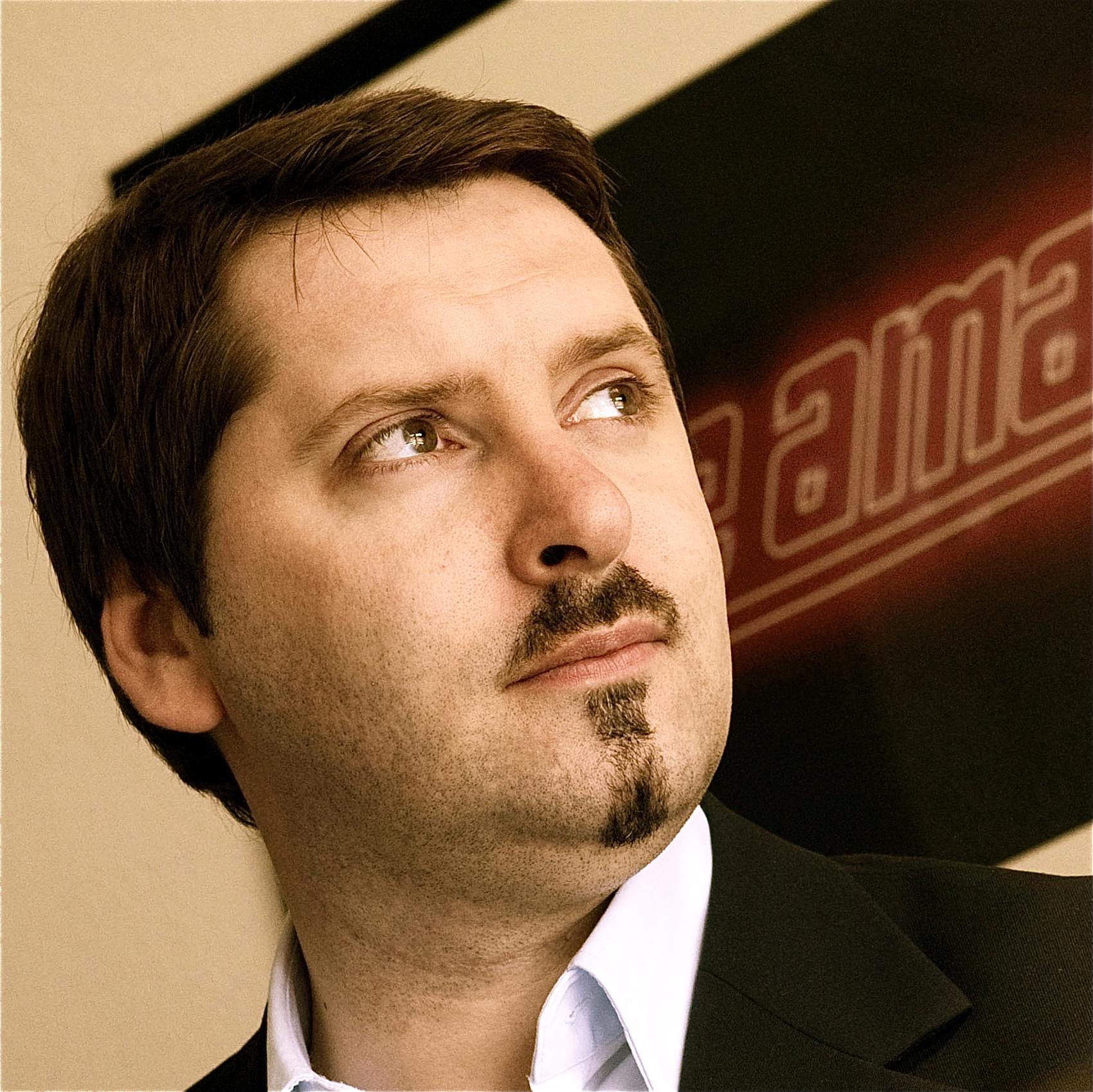 Bjoern Eichstaedt  Managing Partner,  Storymaker