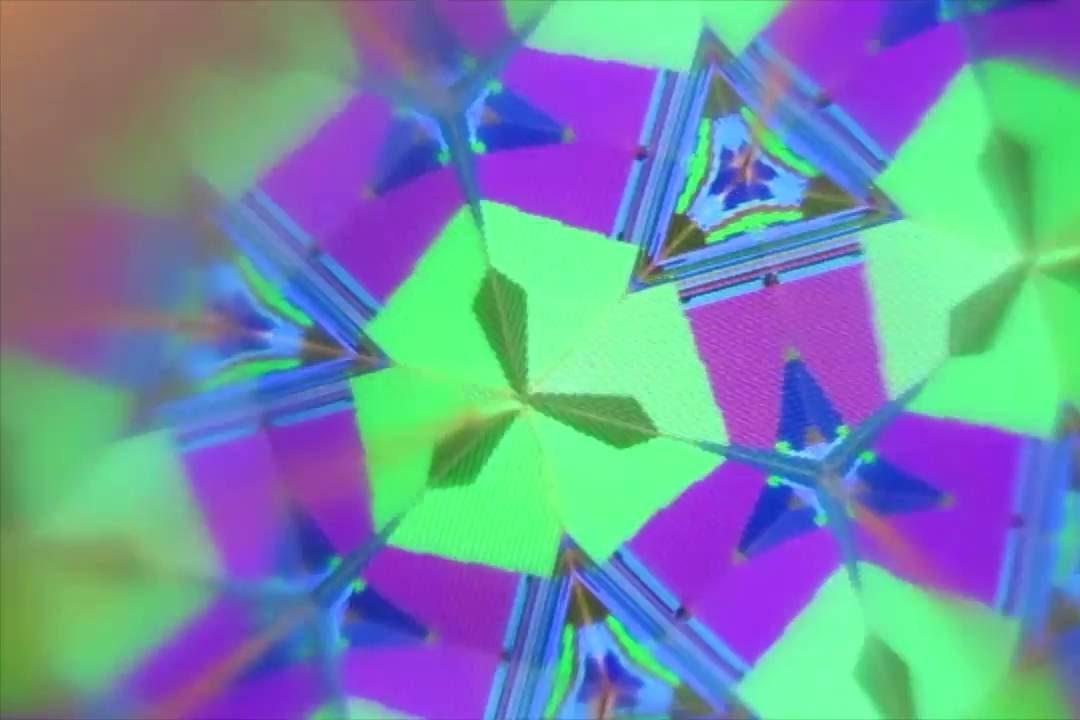 CALEIDUINO - Kod et kaleidoskop med lyd i!Hvad rimer på kaleidoskop kombineret med microcomputeren Arduino? Det gør CALEIDUINO! Prøv at samle og kode en selv og lav lyd- og billed-eksperimenter i vaskeægte STEAM-ånd.workshopholder: CALEIDUINO