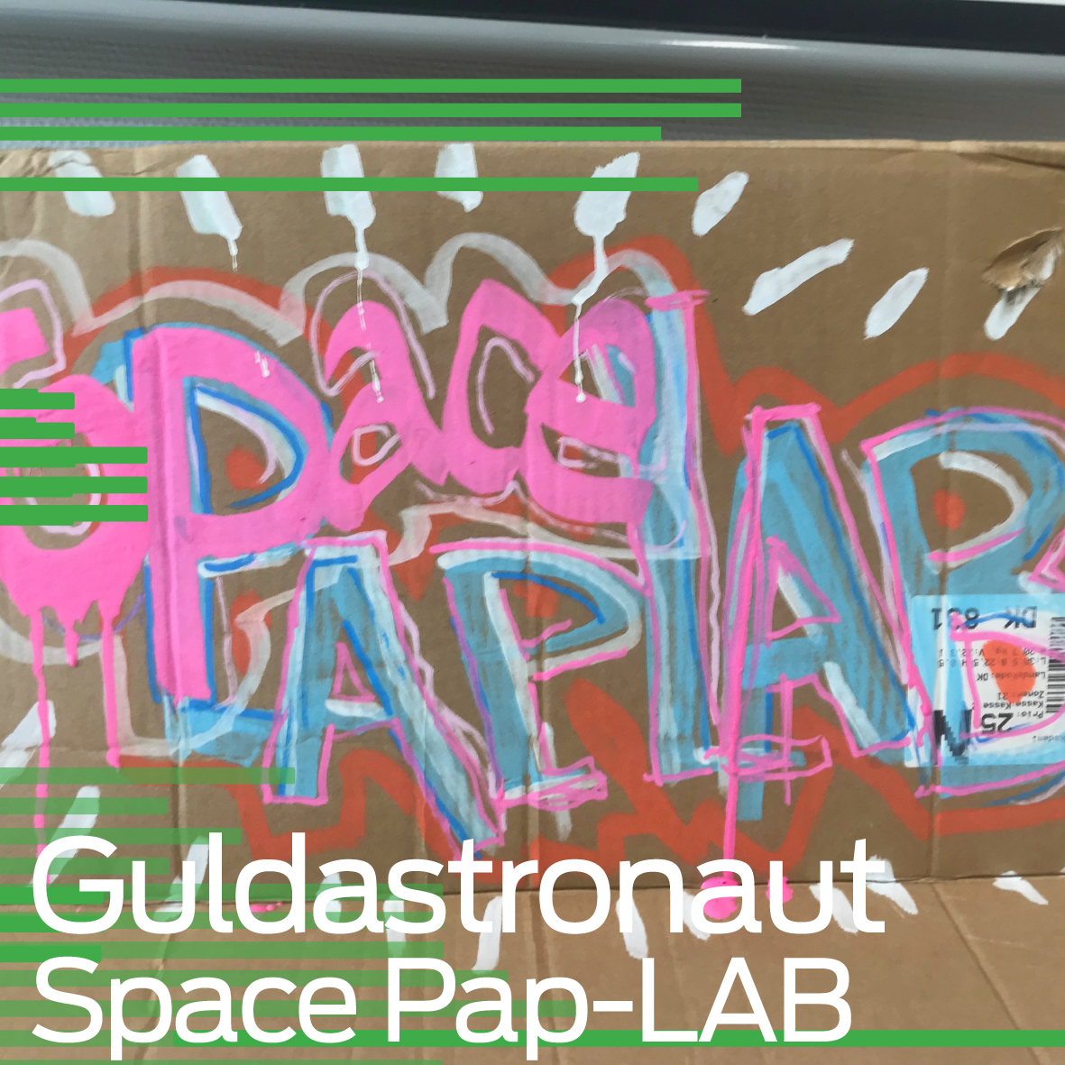 Guldastronaut: Space Cardboard LAB